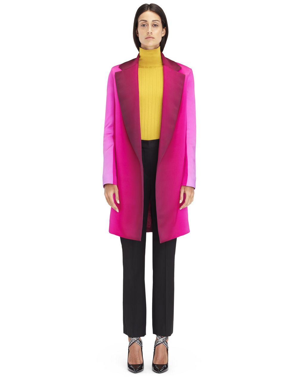 Manteau droit à manches longues en satin cuir imprimé Lanvin – Prix €2 990