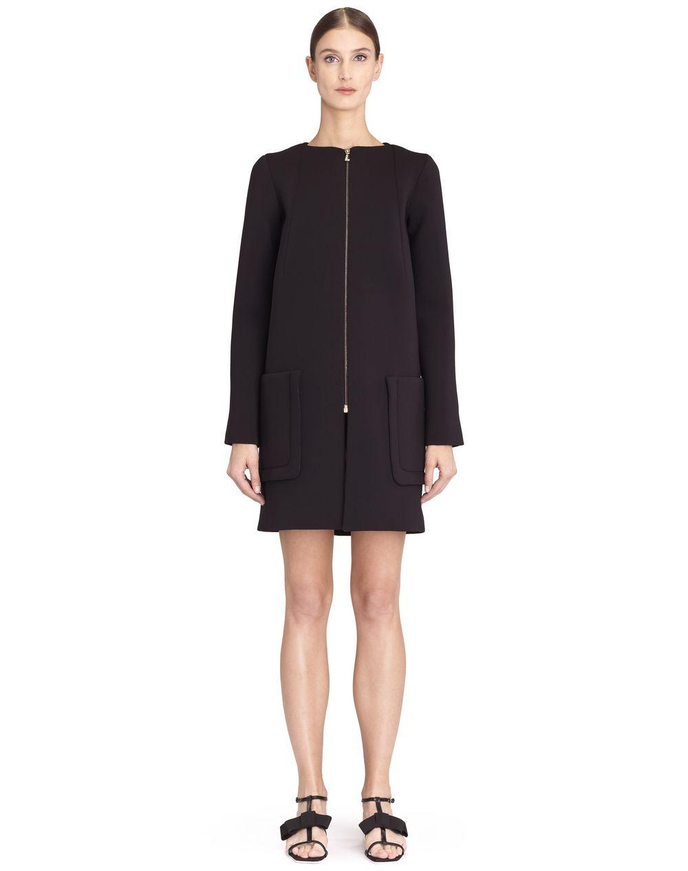 Manteau droit manches longues en néoprène noir Lanvin – Prix €1 990