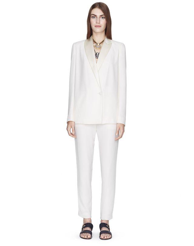 Veste tailleur en crêpe satin de couleur crème Lanvin – Prix €1 790