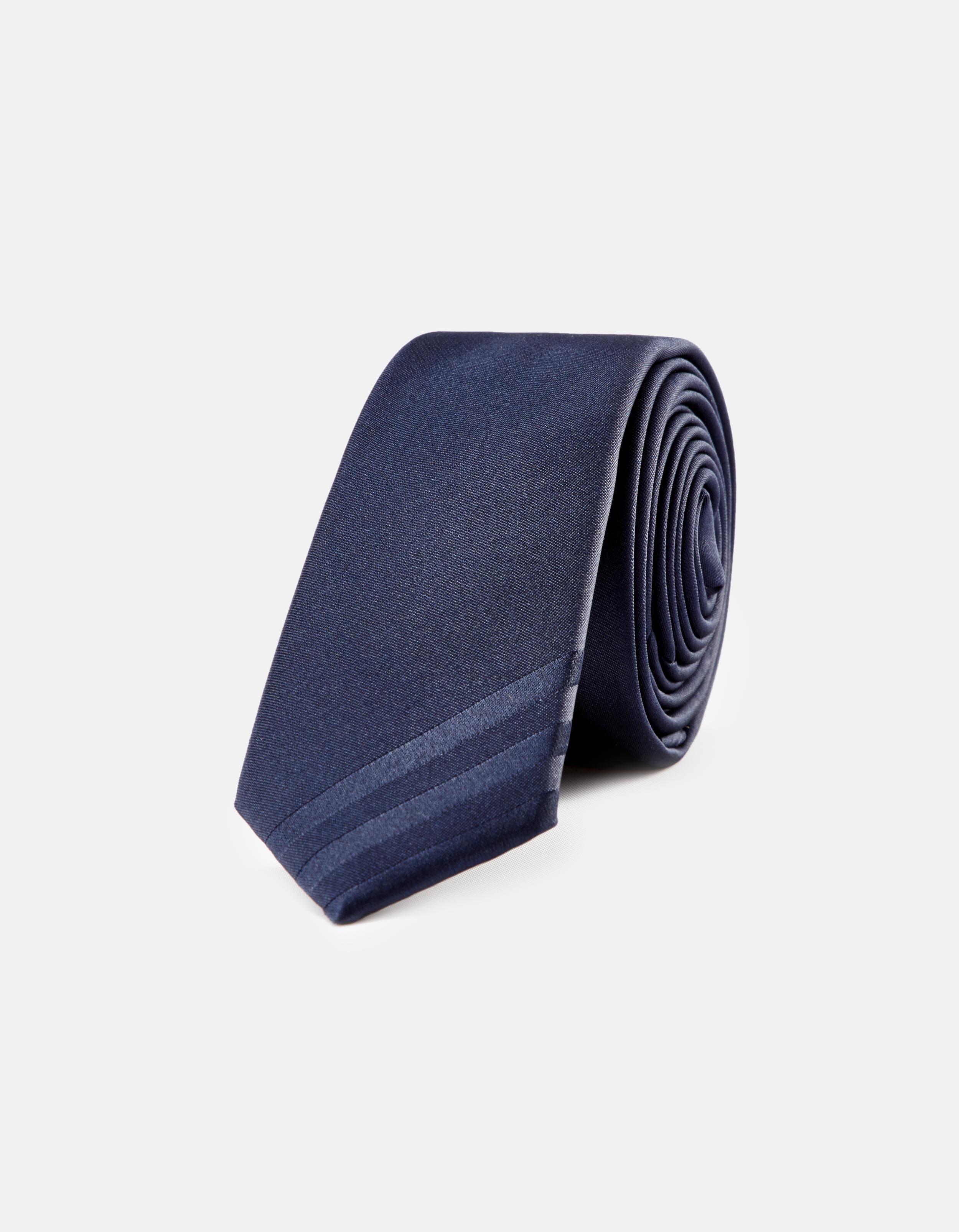 cravate de cérémonie en satin Celio Club Prix 25,99 €