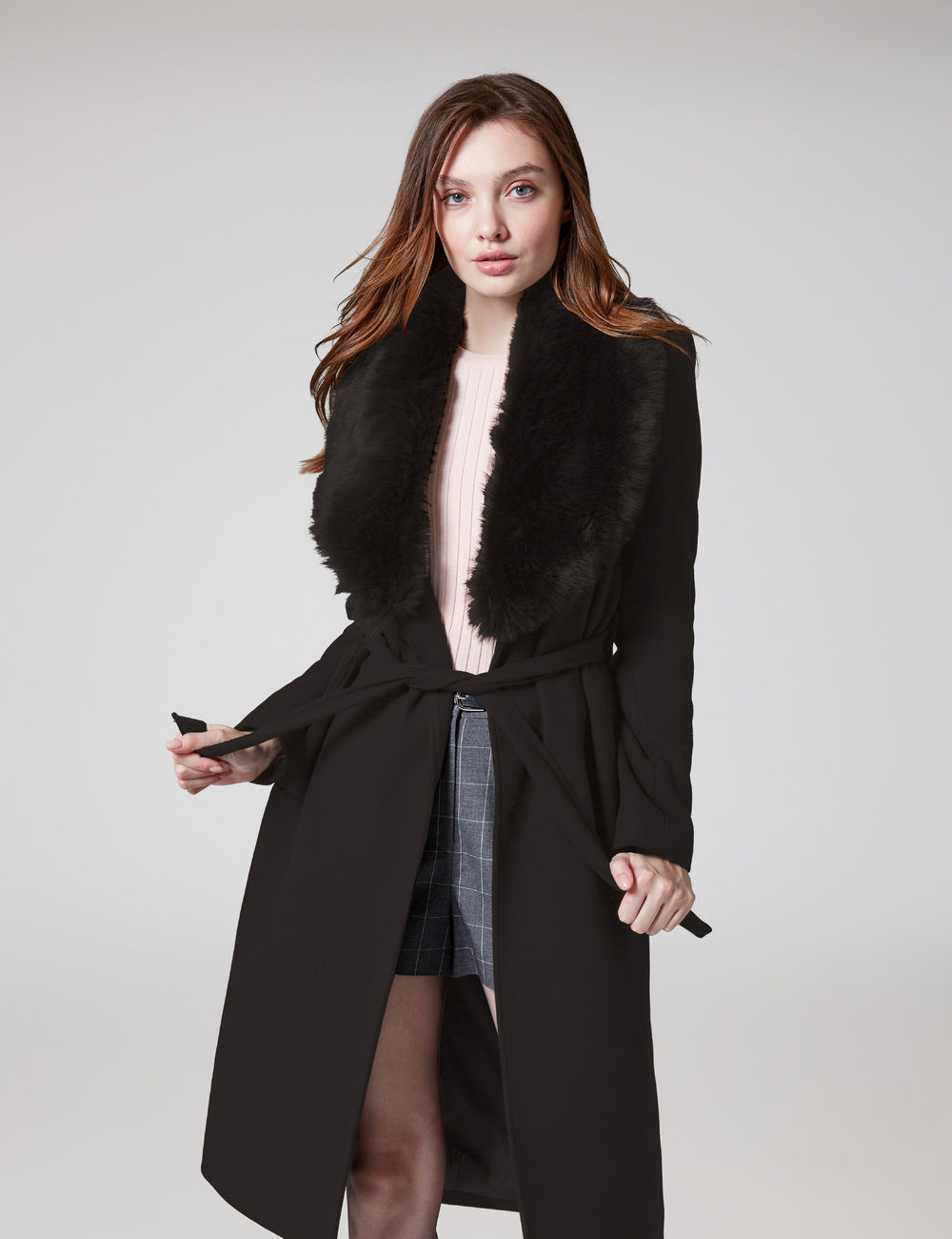 manteau long avec ceinture noir Jennyfer prix 49,99 €