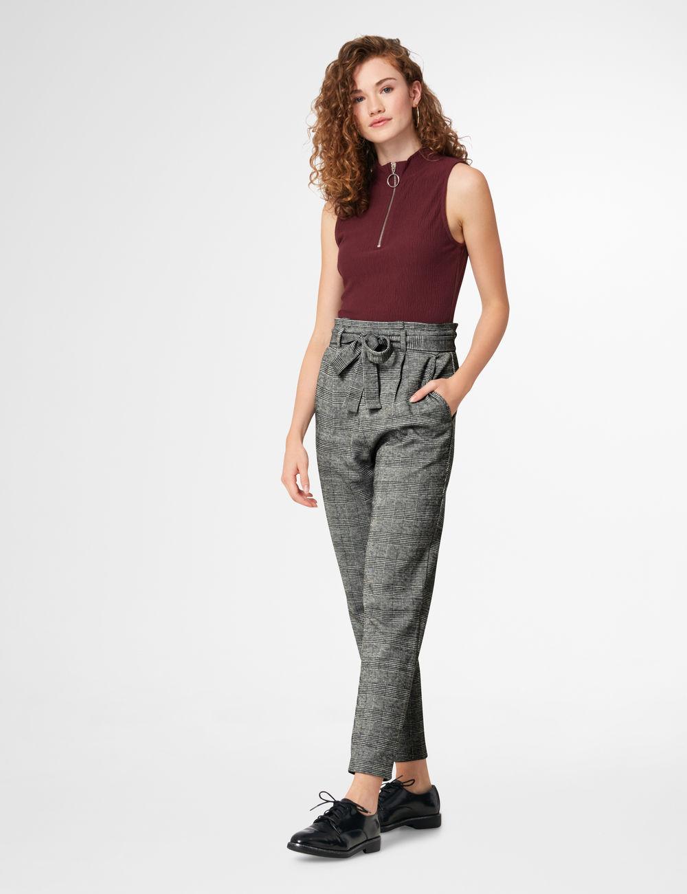 pantalon prince de galles noir et gris Jennyfer prix 19,99 €
