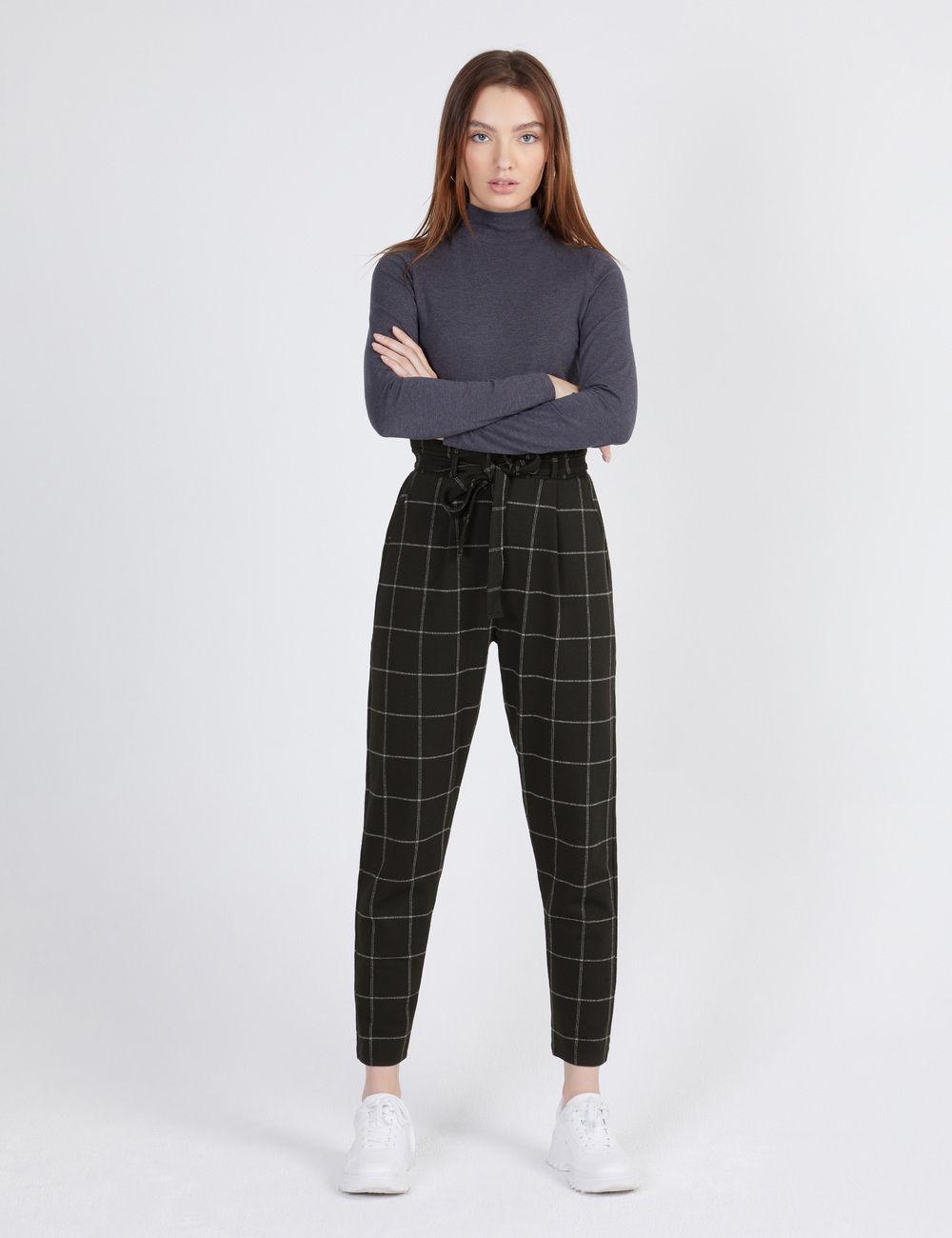 pantalon ville à carreaux noir et blanc Jennyfer prix 19,99 €