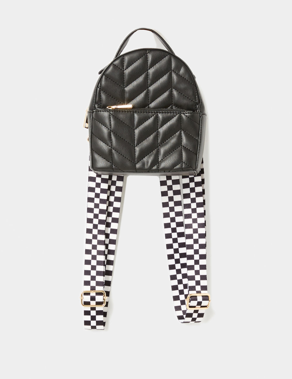 petit sac à dos noir Jennyfer prix 17,99 €