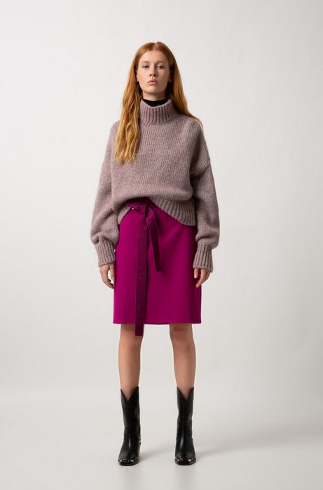 Cropped sweater in knitted fabric with balloon sleeves