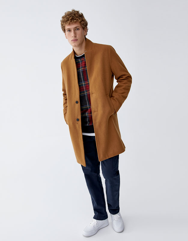 Manteau basic en mélange de laine à revers inversé Pull&Bear Prix 299.90 TND