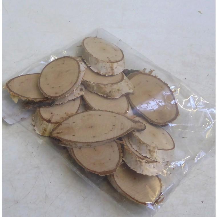 Sachet de rondelles de bouleau en bois coloris beigeBOTANIC Prix 2.95 €